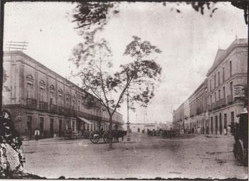 """Calle 65 conocida como ancha del bazar, en sus inicios estuvo el primer paseo de la ciudad el """"paseo de las bonitas"""""""