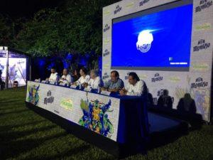 Directivos de Grupo Modelo y la Feria Yucatán en X´Matkuil presentan el cartel musical. (Martha López Huan)